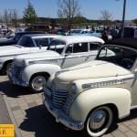Opel Oldtimer auf dem Parkplatz des Erwin Hymermuseum
