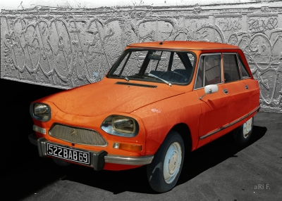 Citroën Ami 8 Berline in orange