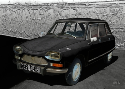 Citroën Ami 8 Berline in black 02
