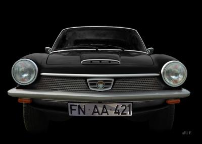 Glas 1300 GT in black & black