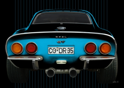Opel GT in black & blue with stripes 03