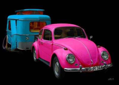 VW 1300 mit Eriba Wohnwagen in Pop-art Poster