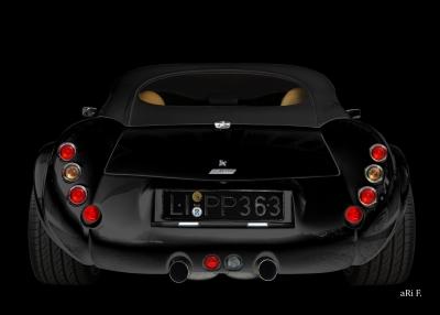 Wiesmann Roadster MF3 in black & black rear view