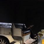 Minotoli Millo 8 HP, Sitzordnung auf schwerem, wetterfestem Leder!