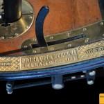 Prinetti & Stucchi 4 HP, aus massiven Messingguß wurde der Herstellername mit eingebaut