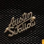 Austin Swallow Schriftzug auf dem Kühlergitter