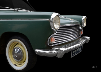 Morris Oxford Series V Poster for sale