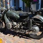 Klassische Motorräder in Schulstraße/Langenargen Oldtimertreffen