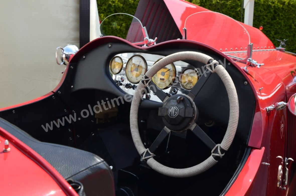 MG VA Tourer Dashboard