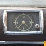 Mercedes-Benz 190 Db Ponton W 121 mit Analog-Uhr