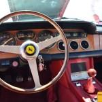 Ferrari 330 GT Armaturentafel mit dem Cavallino-rampante-Emblem