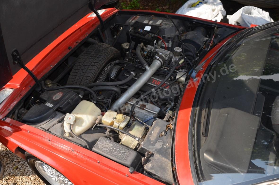 Reliant Scimitar SS Motorraum mit 1,8 Liter-Turbo von Nissan
