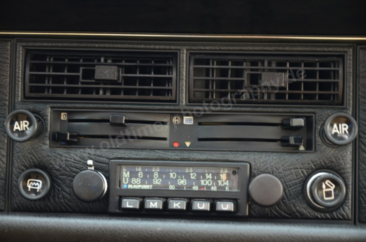 NSU Ro 80 Belüftungs- und Heizungsregler mit Blaupunkt Radio