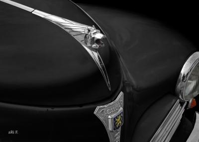 Peugeot 203 Kühlerfigur Löwe