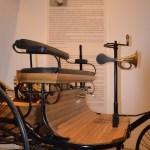 Bertha Benz mit Benz Patent-Motorwagen von 1888