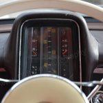Mercedes-Benz W 110 190 Geschwindigkeitsanzeige in Meilen/Stunde
