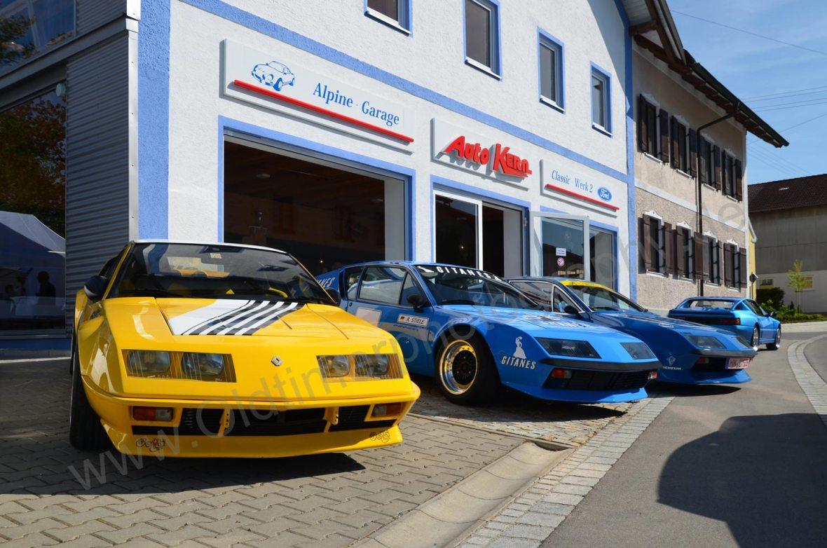 3x A310 Alpine vor Autohaus Kern in Markt Rettenbach