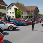 Noch ist Platz auf der inzwischen abgesperrten Straße für das 14. Alpintreffen in Markt Rettenbach