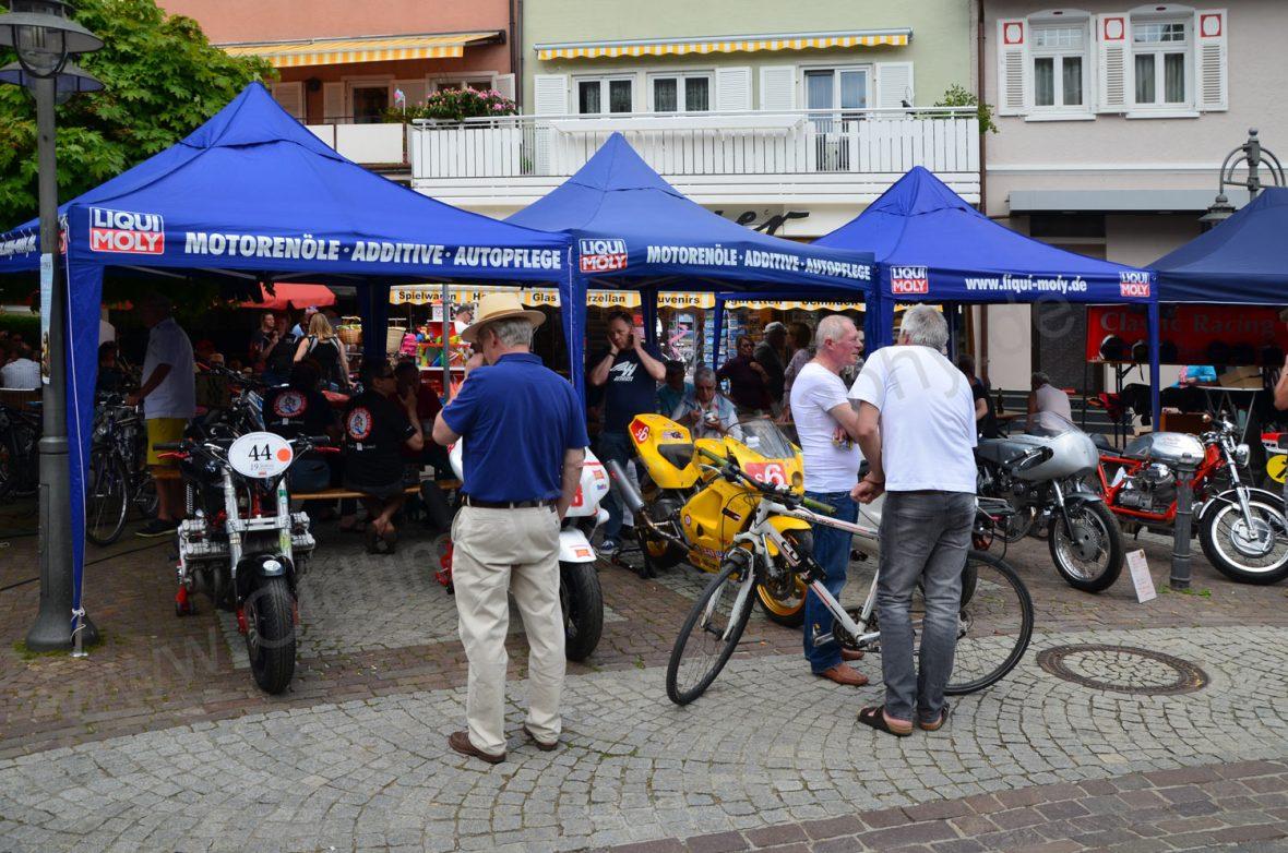 Classic Bikes für Rennen umgebaut in der Schulstraße