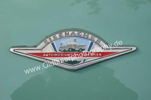 Logo Eisenacher Automobilwerke auf Wartburg 312
