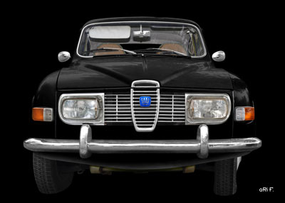 Saab 96 in black & black pure