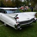 1959 Cadillac Serie 62 bei der Einfahrt zum Oldtimertreffen