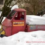 Ape Museumstransporter im Tiefschnee versunken