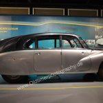 Tatra 87 Seitenprofil mit großer Mittelheckflosse