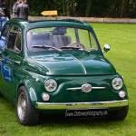 Fiat 500 in grün mit Breitreifen und ausgestellten Kotflügel