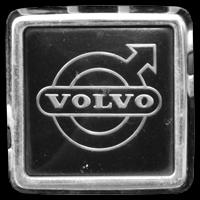 Logo Volvo 740 auf Kühlergrill