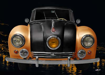 Tatra 87 in black & yellow front view