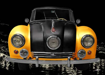 Tatra 87 in yellow & black front view