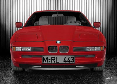BMW 8er in red & silver