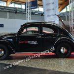 VW Käfer mit Motorworld-Aufkleber