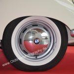 BMW 502 Weißwandreifen mit Original BMW Radkappen