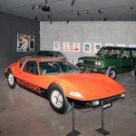 Monteverdi Hai 450 SS und dahinter Monteverdi Safari der in seiner Form anderen SUV's 20 Jahre voraus war