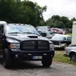 Dodge Ram mit Wohnwagen