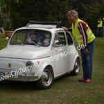 Fiat 500 bei der Parkplatzeinweisung zur 6. Kressbronn Classics