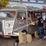 Citroen HY als Verkaufsstand beim Oldtimertreffen in Meßkirch