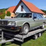 Maserati Quattroporte III auf dem Autotrailer