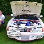 Peugeot 205 im Racing Look präsentiert sich beim Oldtimertreffen