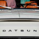 Datsun Sports 1600 mit Lüftungshutze auf Motorhaube