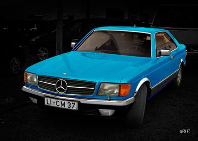 Mercedes-Benz Coupé Poster in black & bluelines (S-Klasse, C 126)