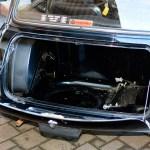 Mini 1000 Super mit geöffnetem Kofferraum
