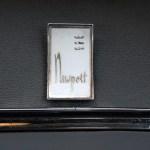 Logo Chrysler Newport auf Innenverkleidung