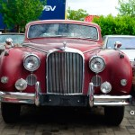 Jaguar Mark IX front view