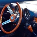 Alfa Romeo GT 1300 Junior Interieur mit 3-Speichen Holzlenkrad