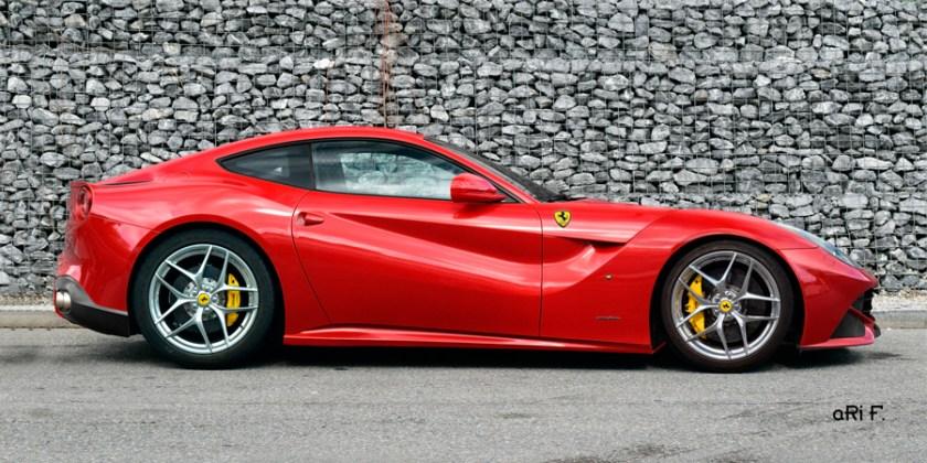 Ferrari F12 Poster in Rosso Fuoco