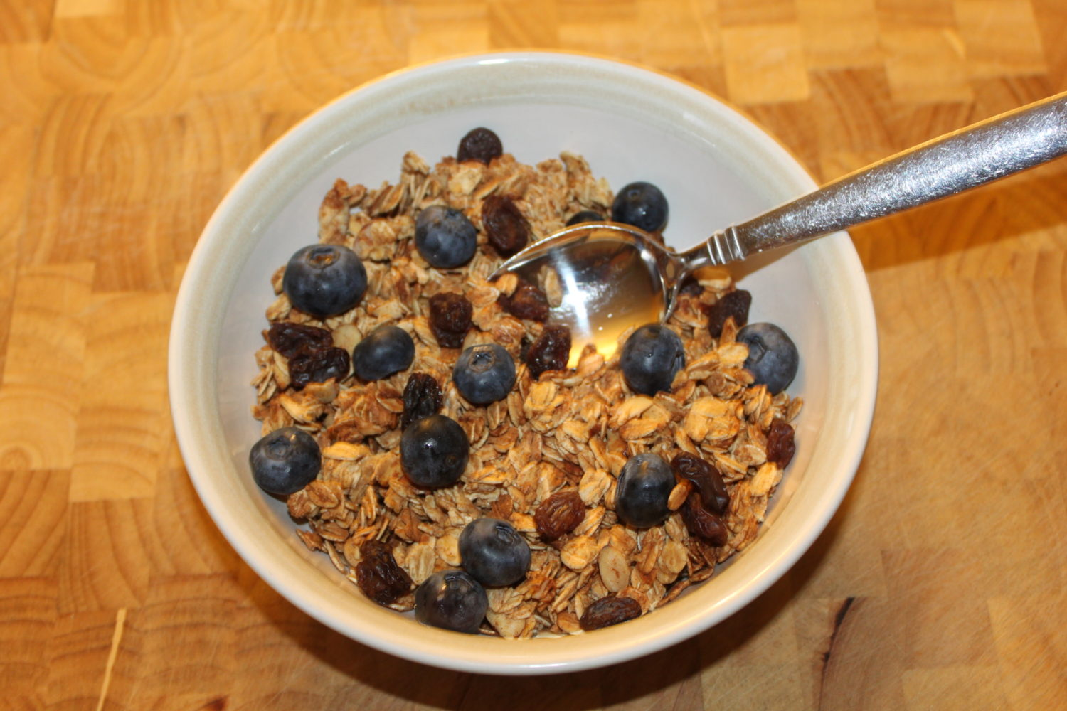 Granola crunch cereal recipe eat healthy just 7 natural ingredients granola crunch homemade granola cereal ccuart Gallery