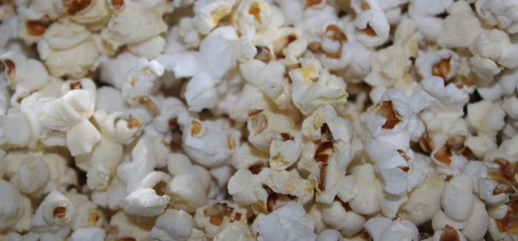 Homemade Popcorn Recipe – No Special Equipment Required!